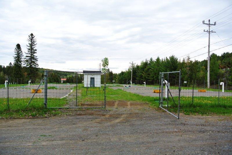 Le Parc Municipal: accès interdit mais facile