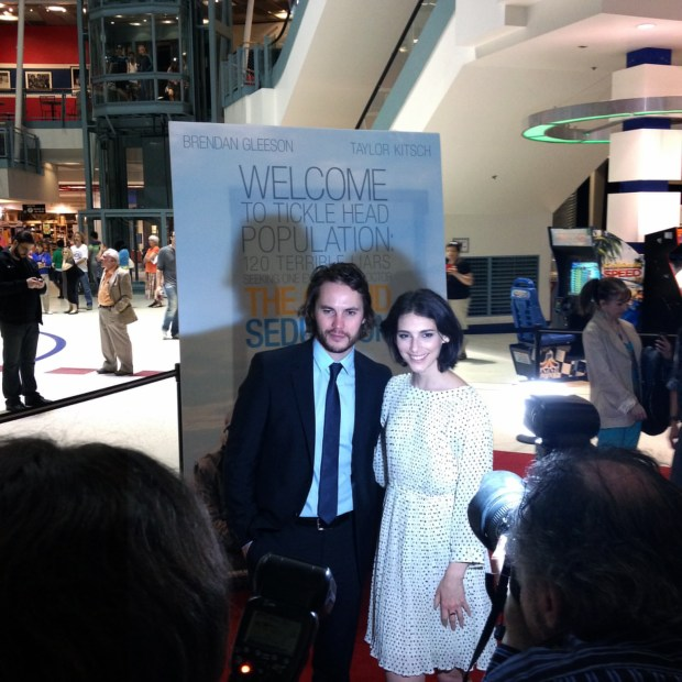 Taylor Kitsch and Liane Balaban. Grand Seduction. Photo LIli Hudecova.