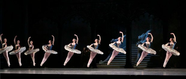 Paquita. Opera de Paris. Photo Francette-Levieux