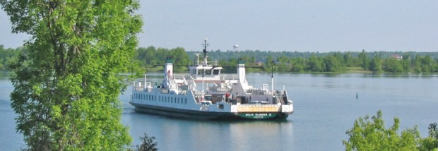 Wolfe Island Ferry. Photo courtesy of Wolf Island Driver Front Golf