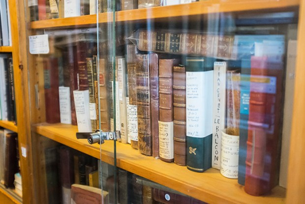 Librairie Henri Julien. Plateau. Photo Laura Dumitriu