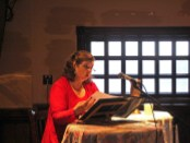 Kathleen Fee reading as Molly Bloom at the Irish Embassy Pub. Photo courtesy of Bloomsday Montréal.