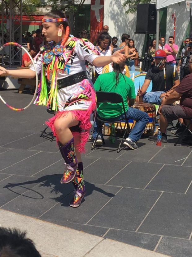 Hoop Dancer. Places des Arts. Presence Autochtone Festival First People's Festival. Photo Rachel Levine