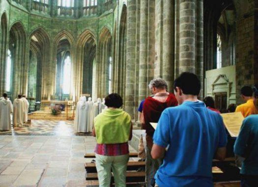 Offices Fraternités Monastiques Mont-Saint-Michel