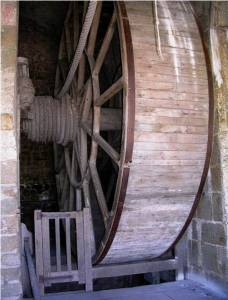 Mont-Saint-Michel grande roue écureuil pour prisonniers