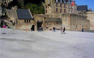 Esplanade du Mont-saint-Michel