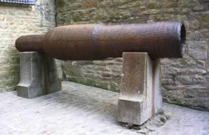 Guerre de Cent Ans bombarde prise aux Anglais Mont-Saint-Michel