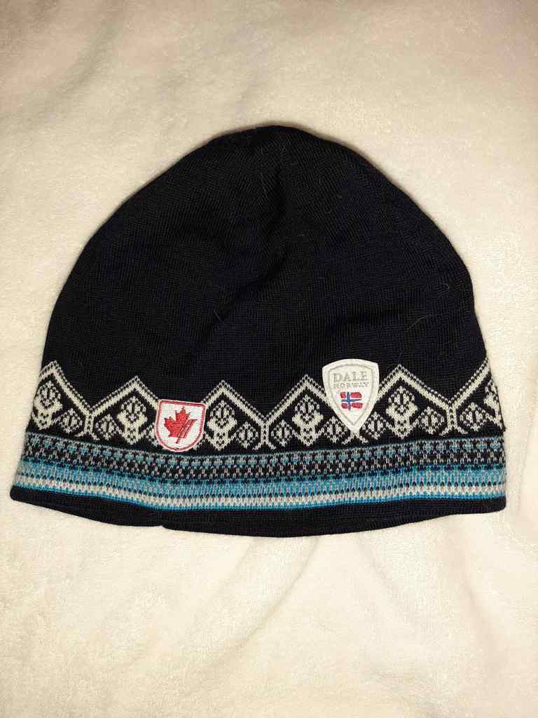 Dale of Norway Alpine Canada beanie