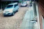 persecución policías a transporte escolar CAPT