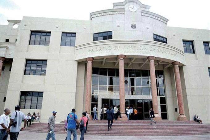 Apenan sentencia descargó 3 implicados caso Aduanas