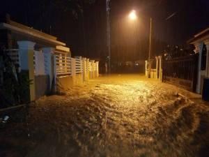 La Vega: Más de 500 casas resultaron inundadas anoche