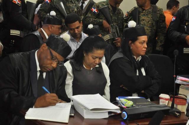 Juicio caso Emely Peguero podría concluir hoy