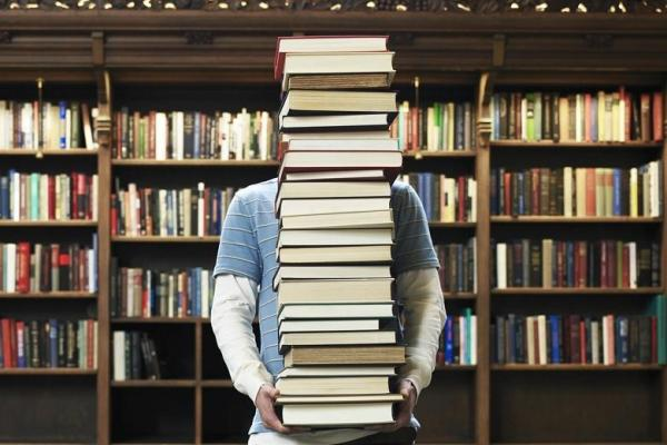 تعرّف على الـ 10 كتب الأكثر مبيعا في العالم