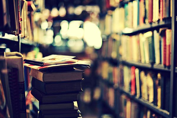 10 كتب غيرت تاريخ البشرية .. لن تكون بعد قراءتها كما كنت من قبل