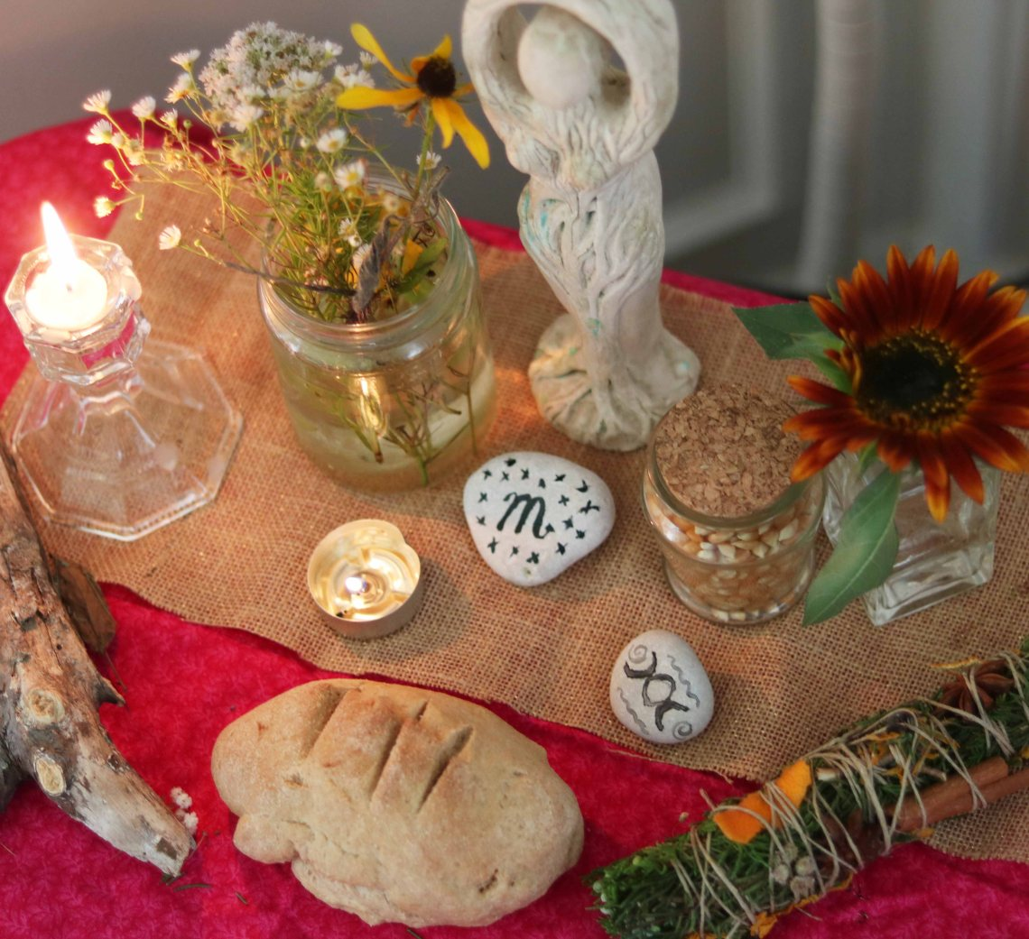 lammas altar 01a