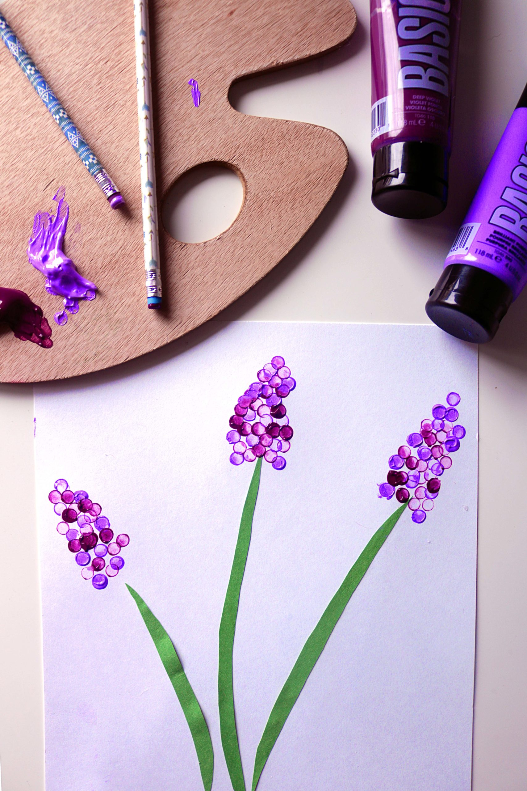 Easy lavender painting craft.