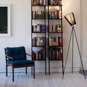 Moderne Oslo Holz Stehlampe
