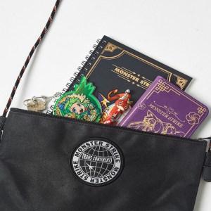 2018年10月発売ムック本付録のモンストのサコッシュバッグ