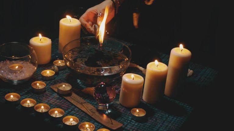Список способов практиковать магию ежедневно. Идеи для начинающих и опытных ведьм