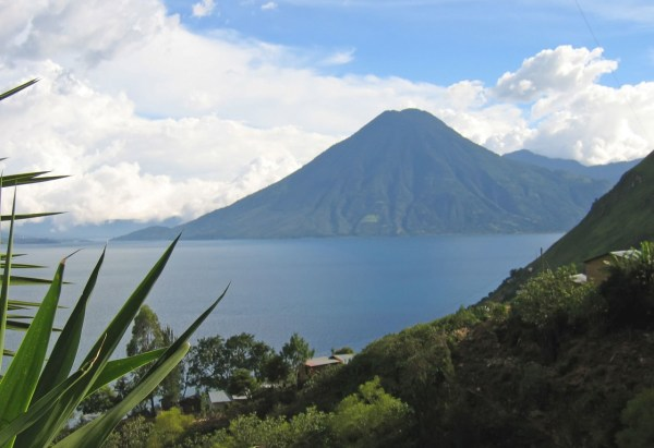 terrain and geography of guatemala