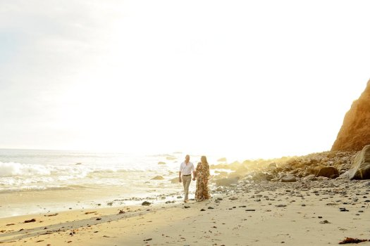 30-orange-county-bhldn-beach-engagement-session
