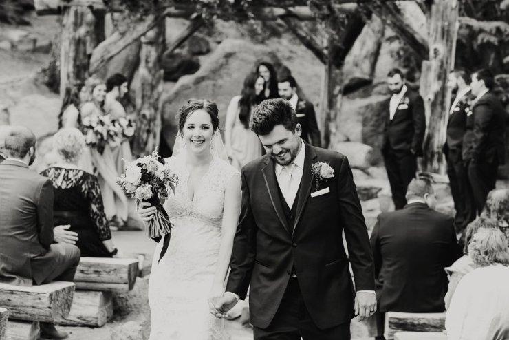 46-tamarack-lodge-forest-chapel-wedding-photographer