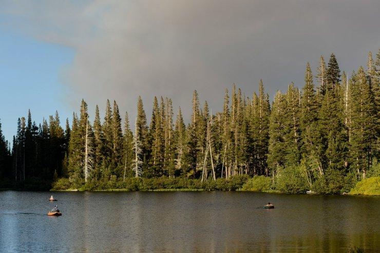 47-tamarack-lodge-twin-lakes-mammoth-wedding-photographer
