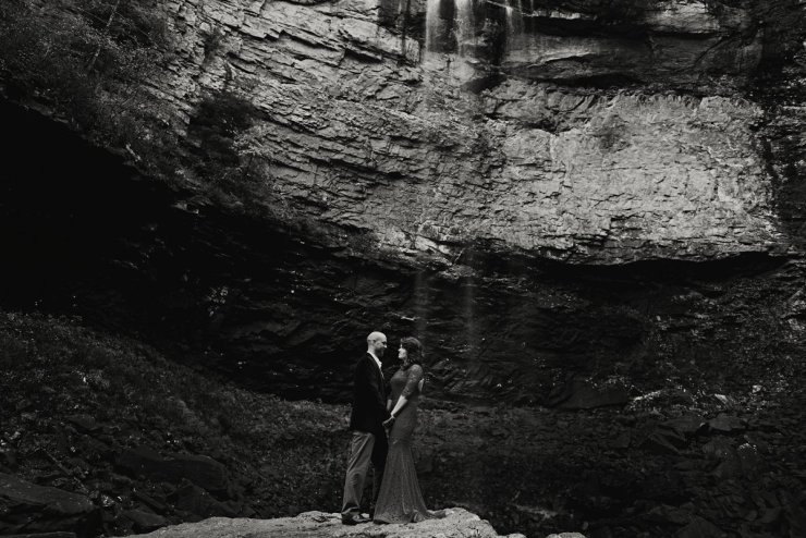 nashville-tennessee-adventure-wedding-photographer-fall-creek-falls-engagement-39