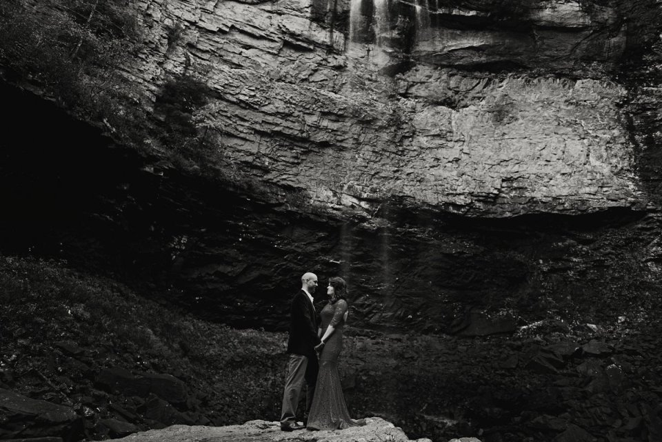 nashville-tennessee-adventure-wedding-photographer-fall-creek-falls-engagement-39