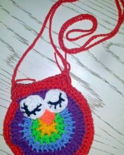 Sleepy owl purse.