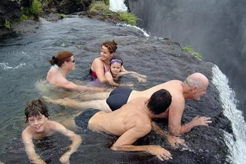 不過老實說我還蠻想來這游泳的