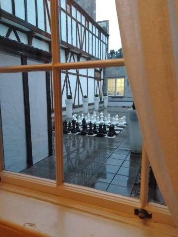 Dromoland Chess Board Moonshine In A Teacup