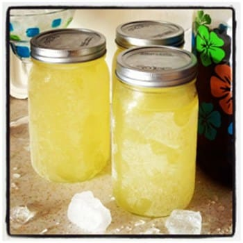 Lemonade Moonshine Drink Recipe | With Everclear Substitute 2
