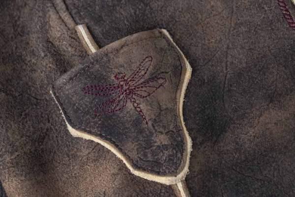 Sämisch gegerbte Wildbock Lederhose Detail8