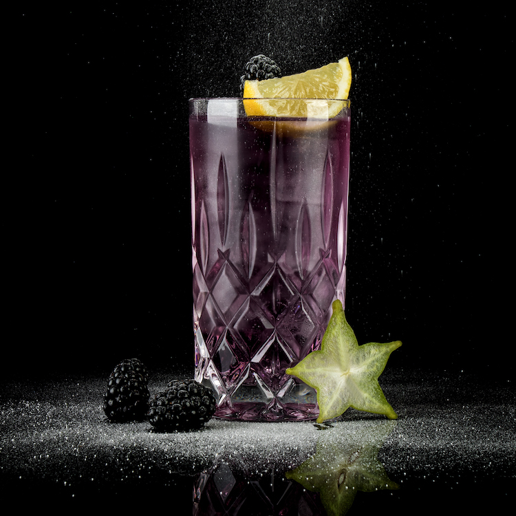 MÛRE-MOORGIN-TONIC - MOORDESTILLERIE Signature Drink