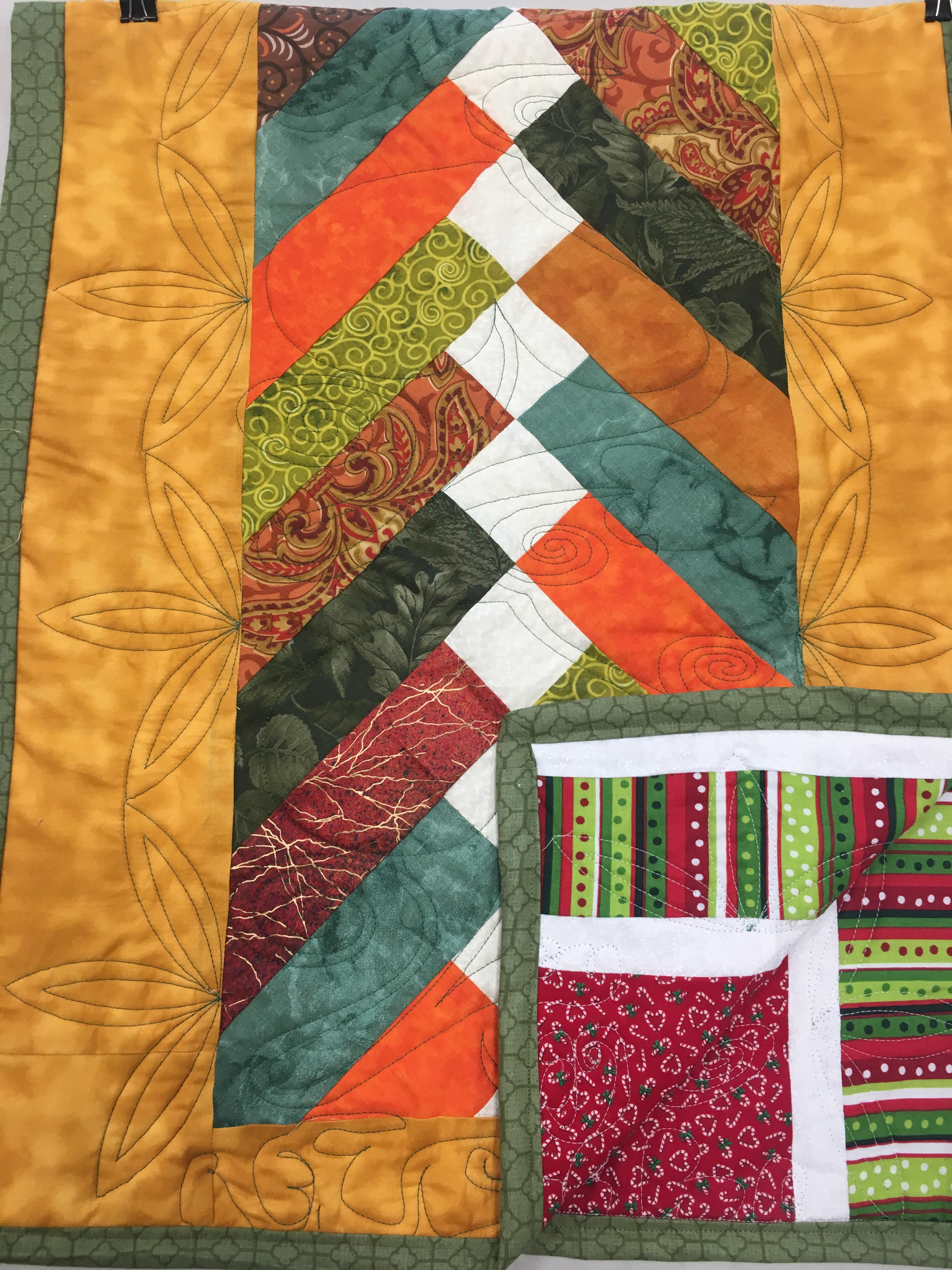 French Braid Table Runner Pattern : french, braid, table, runner, pattern, French, Braid, Table, Runner,, Corona,, Sessions,, Moore's, Sewing