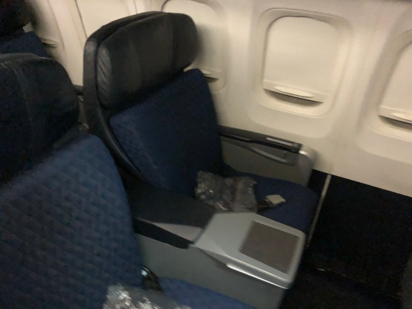 Review American Airlines Md 80 First Class St Louis To Chicago Moore With Miles