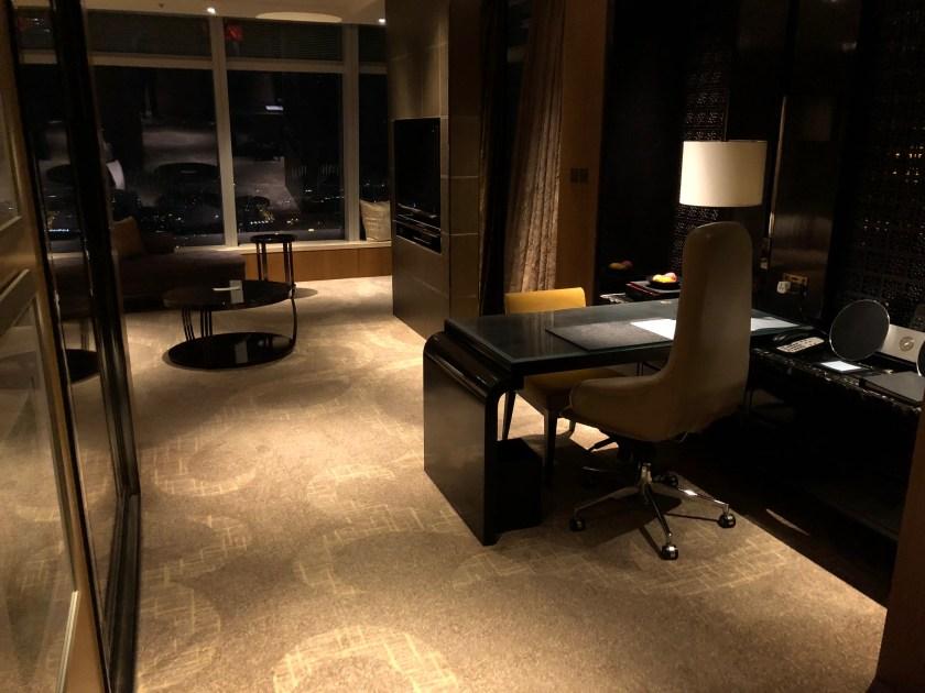 The Ritz-Carlton Hong Kong 112-15 Entryway