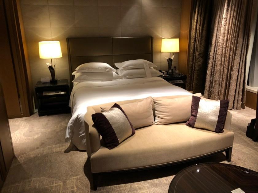 The Ritz-Carlton Hong Kong 112-15 King Bed