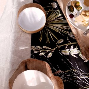 Greenery Cotton Table runner