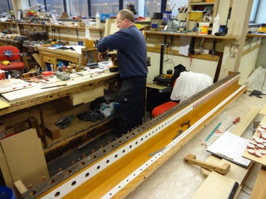 Drilling centres on seals