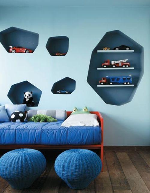 pared azul estanteria pladur