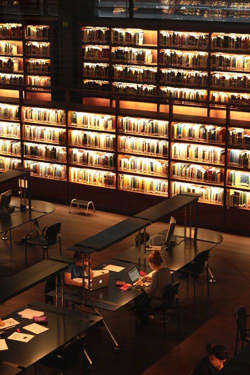 Biblioteca Museo Reina Sofía.