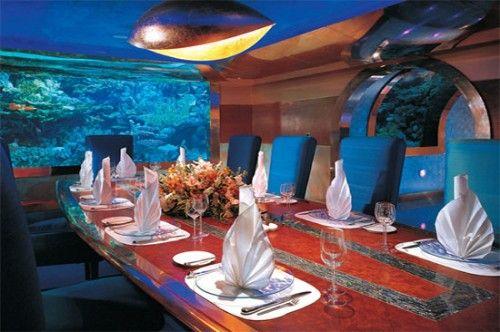 restaurante acuario hotel dubai