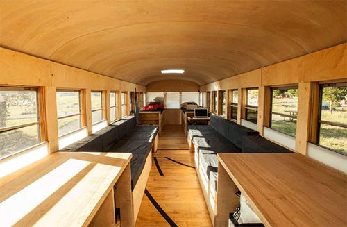 interior autobus vivienda
