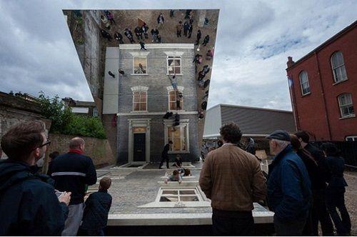 Illusionary Dalton House 05