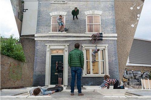 Illusionary Dalton House 07