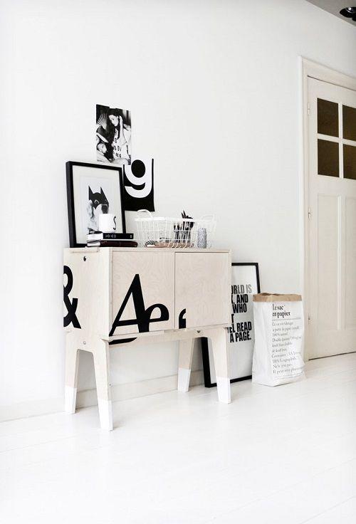 Detalles decorativos en blanco y negro