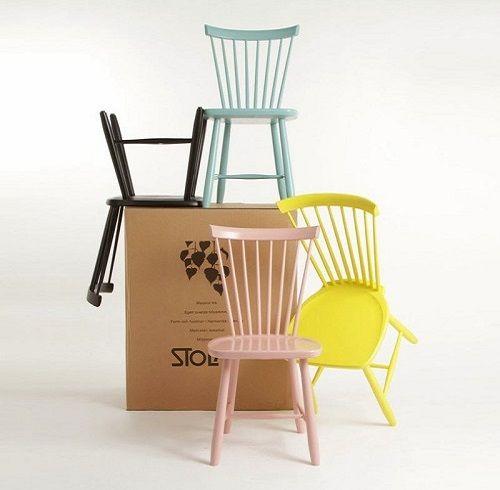 sillas nordicas coloridas
