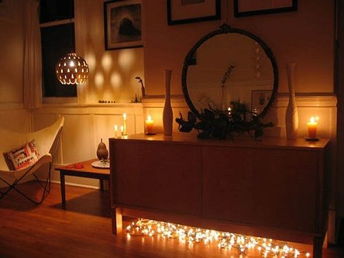 Christmas-Lights-in-Bedroom-03-1-Kindesign